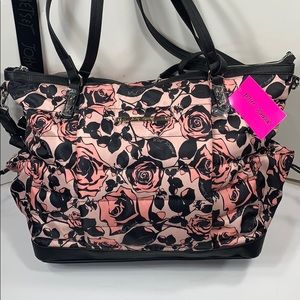Betsey Johnson Weekender bag & wristlet. NWT